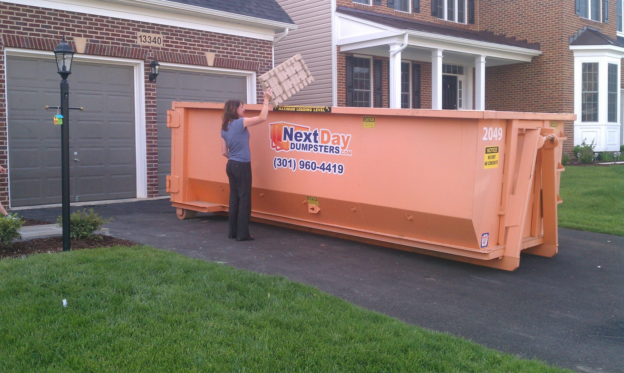 What to Know About Hiring Dumpster Rental Services