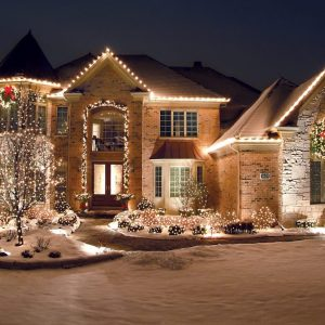 Biggest Christmas Lighting Mistakes to Avoid