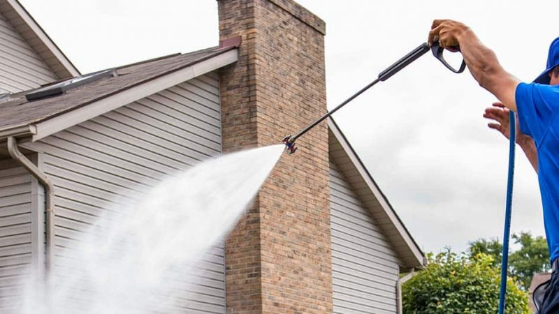Want to Hire Someone For Pressure Washing? Here Are Some Tips For You