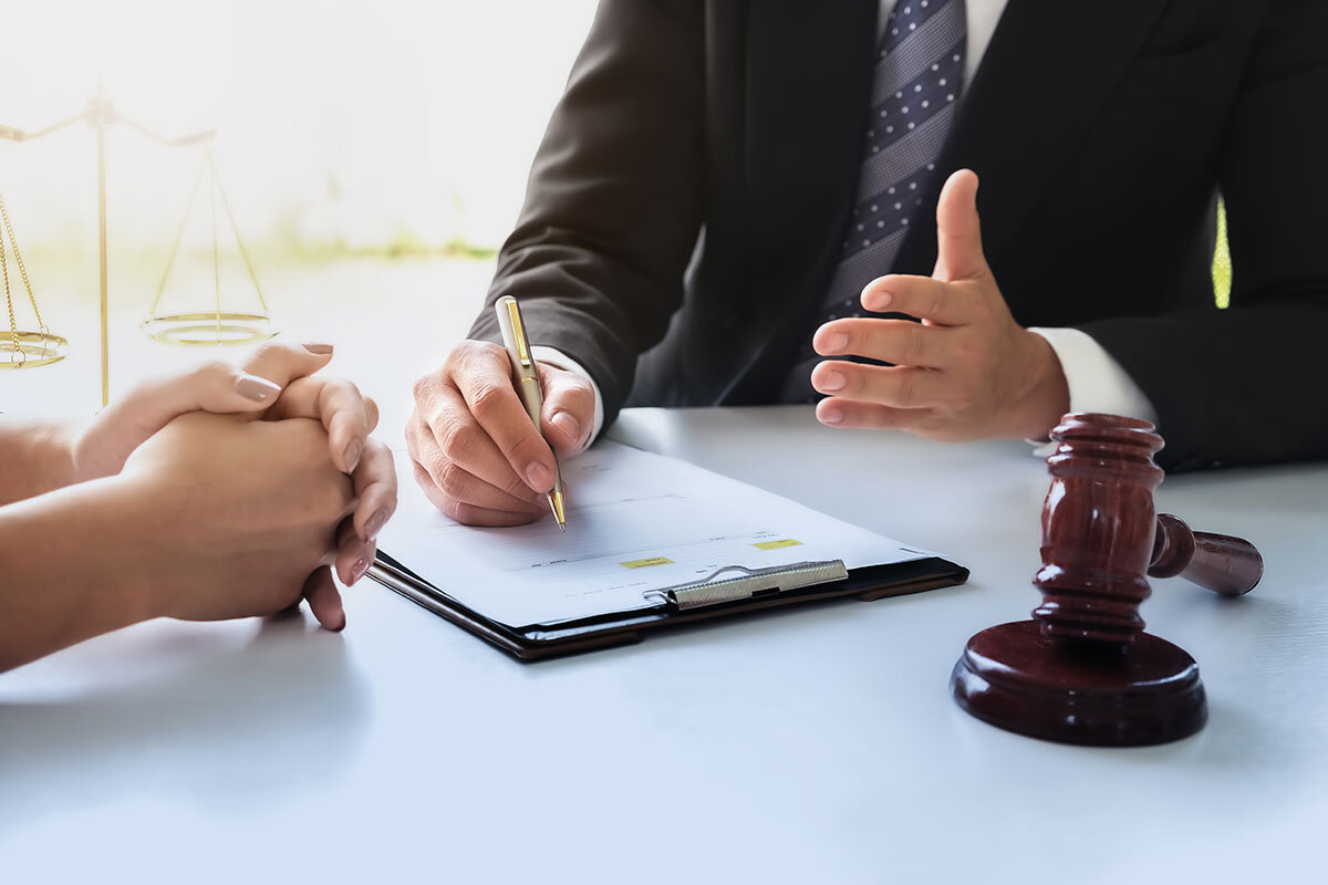 Why You Should Hire a Local Divorce Lawyer